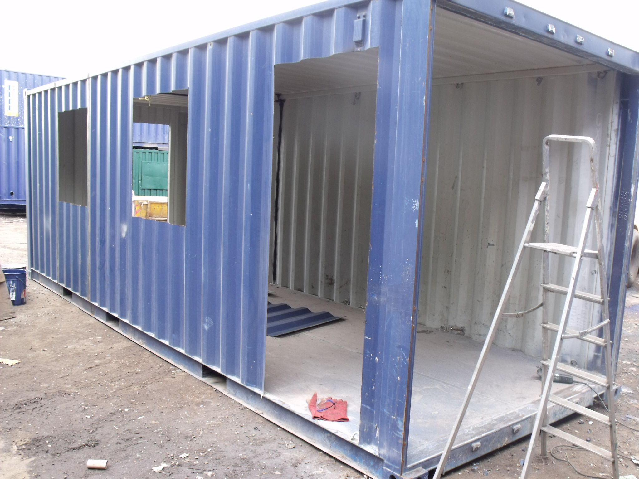 Pop-up shops and bars, container conversions - from ...